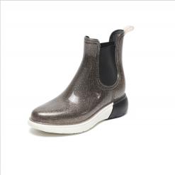 Далд өсгийтэй хагас түрийтэй усны гутал
